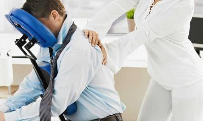 You are currently viewing Stress da lavoro-correlato: il massaggio in ufficio