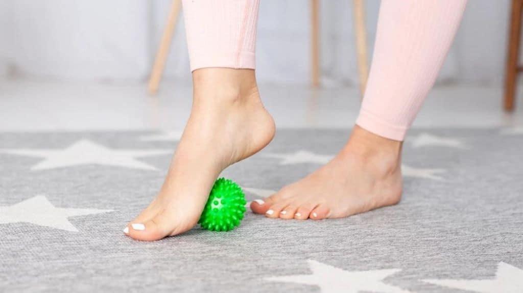 esercizi per il piede piatto